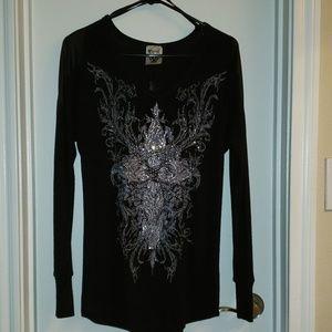 Vocal Black w\Cross Long Sleeve Sweater